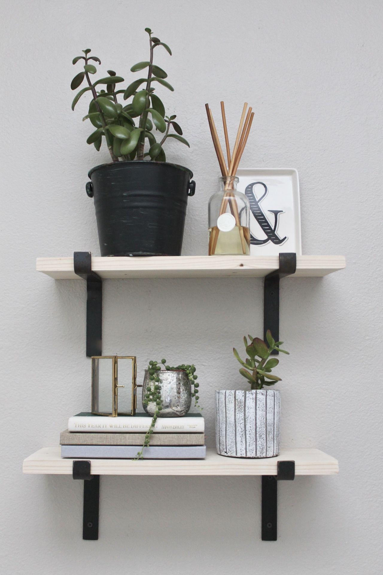 5 Tried & True Shelf Styling Tips Modern farmhouse decor