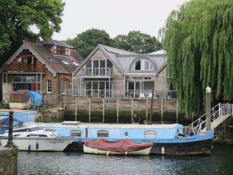 be91ebfc188e150c200b644561e1ede7 - Thames River Boat To Kew Gardens