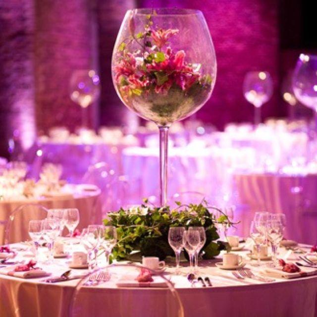 Pin By Debra Schweitzer On Weddings Wedding Reception Table Decorations Table Arrangements Wedding Winter Wedding Table