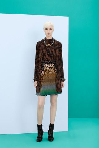 Missoni Pre-Fall 2014 Collection Slideshow on Style.com