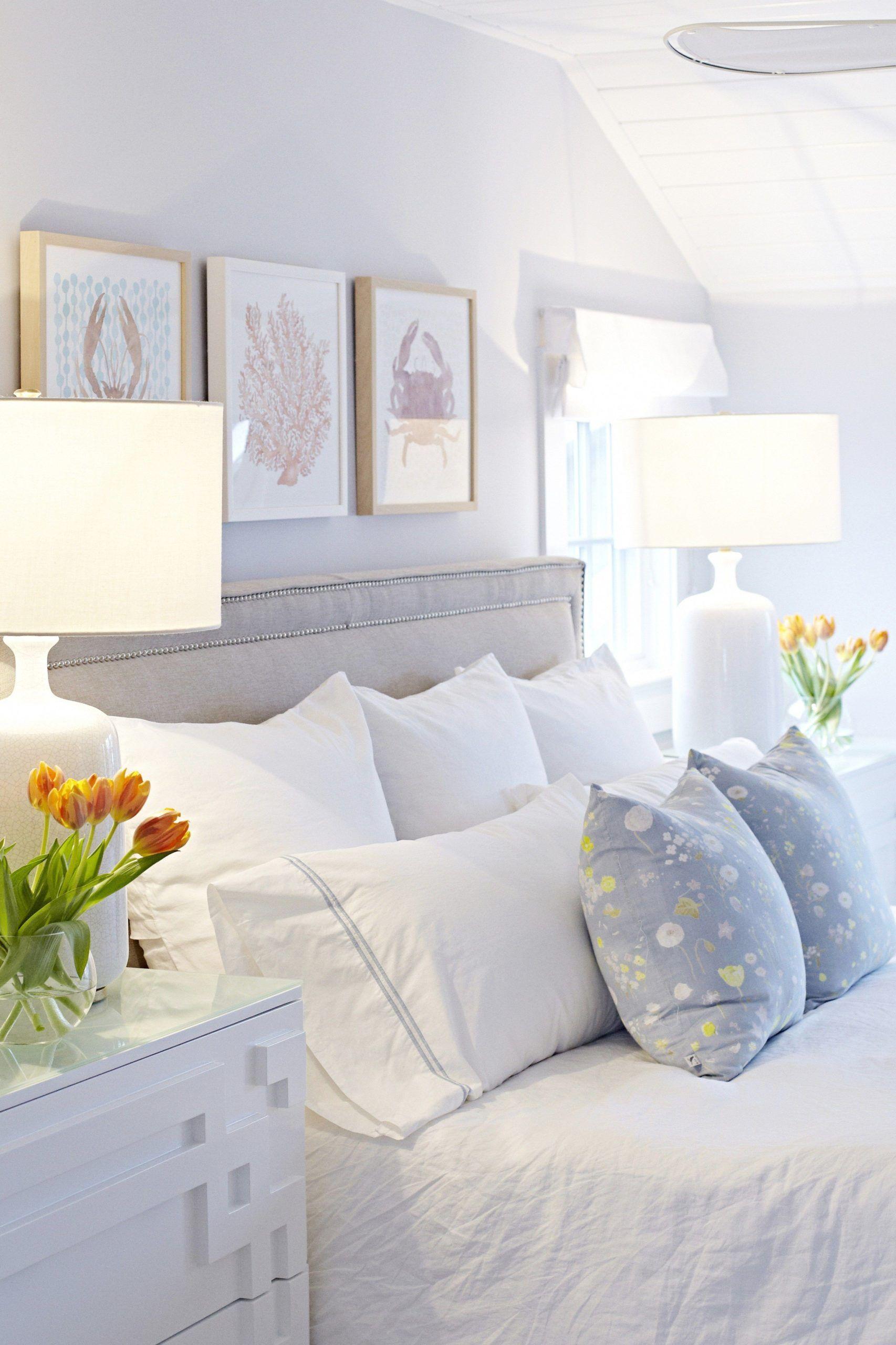 45 Modern Coastal Master Bedroom Decorating Ideas In 2020 Small Master Bedroom Coastal Master Bedroom Gray Master Bedroom