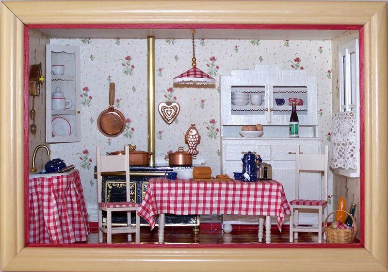 Mini vitrine cuisine années 50 objets déco la malle aux cadeaux de marie