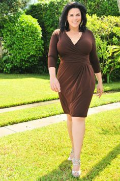Woman Dress Beige High Fashion And HeelsLove Brown Curvy The wn0Nyvm8O