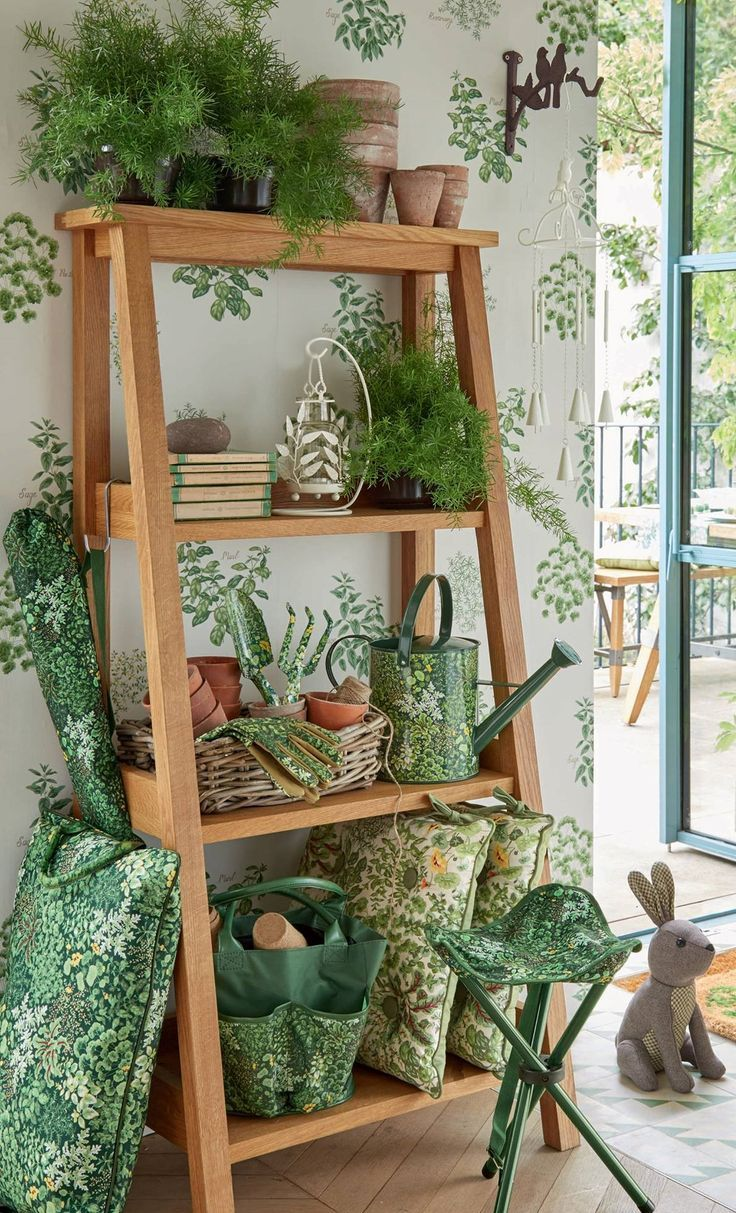 Laura Ashley S/S 2017 Home collection: Garden Room | Shabby Chic ...