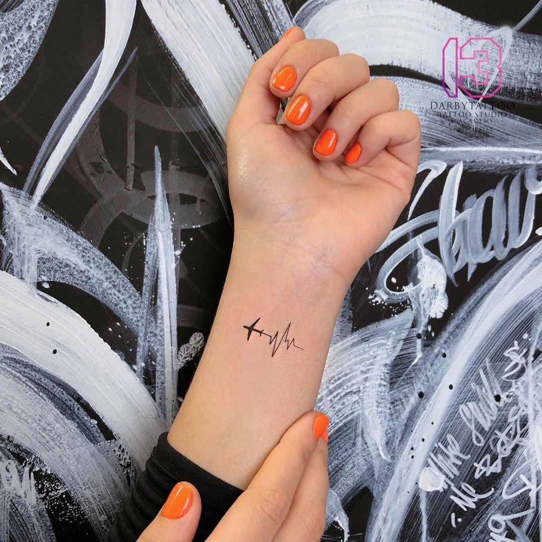 Photo of Electrocardiograma por Risha Tattoo – Tatuajes para Mujeres