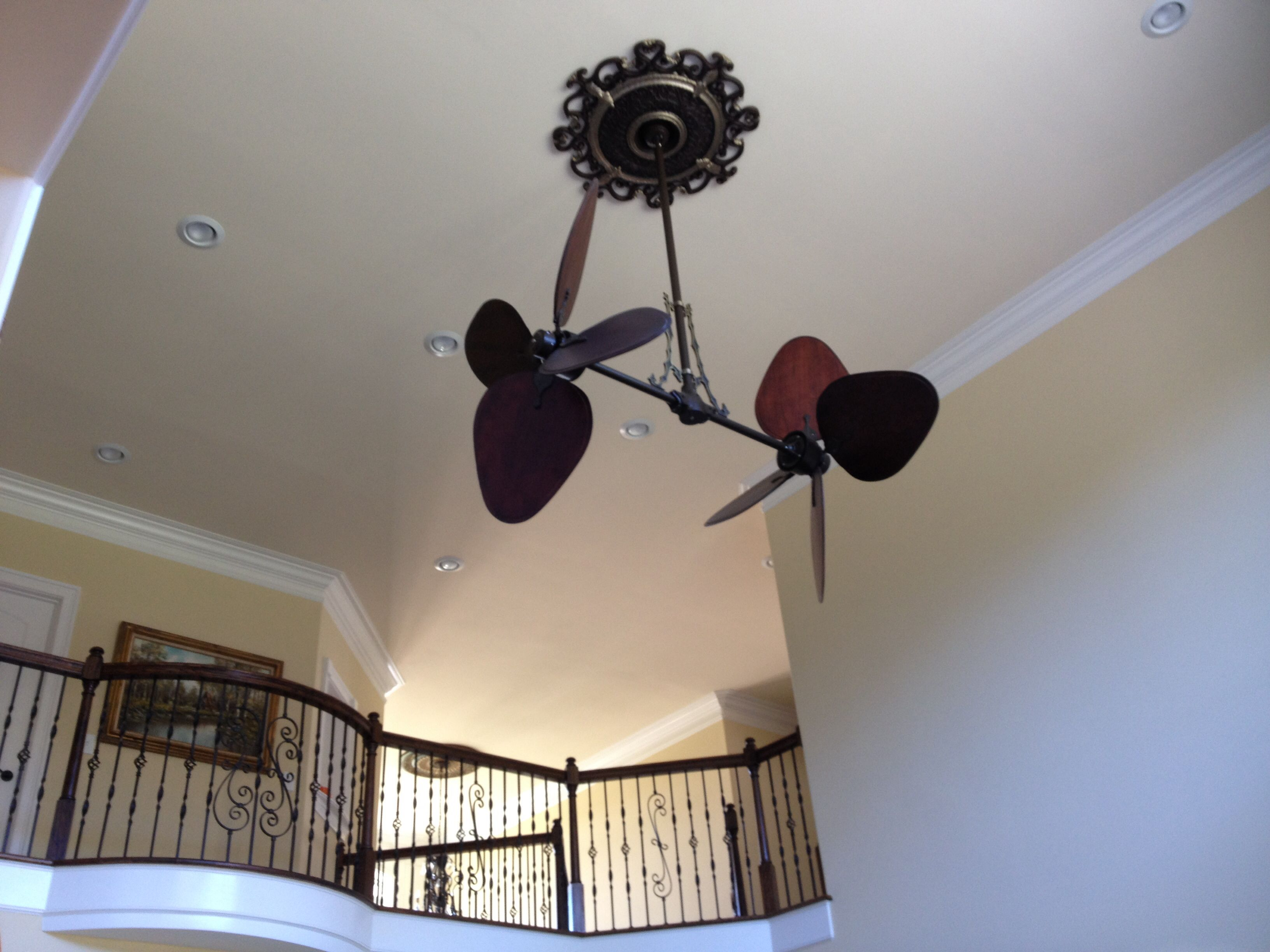 Vertical Fan At My Sisters Home Jealous Awesome Sister Home