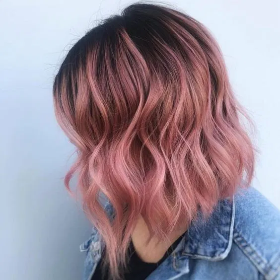 Rose Gold Color Hair 46 Beautiful Ideas For Womens Rose Gold Color Hair Fun And Bold H Color Para Cabello Corto Ideas De Cabello Teñido Coloración De Cabello