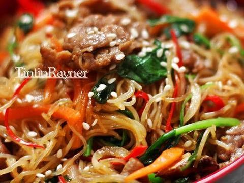 Resep Japchae With Beef Korean Noodle Aka Soun Ala Korea Pake Vermiceli Aja Oleh Tintin Rayner Resep Japchae Makanan Makanan Dan Minuman