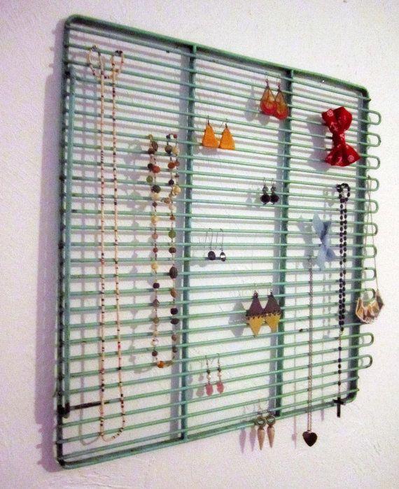 Jewelry organizer from repurposed oven rack Repurposed Inspiration