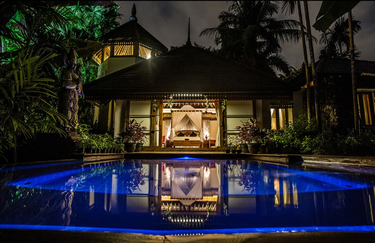 The Royal Bungalow And Kandawgyi Palace Hotel In Yangon Can Be Yours At A Deep