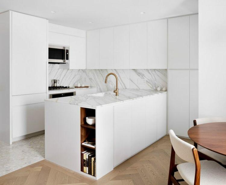Kuche Weiss Terrazzo Gold Farbe Armaturen New York Chelsea Pied A Terre Stadt Architecture Interiors Wohnungen In New York Zimmerdecken Kuche Neu Gestalten