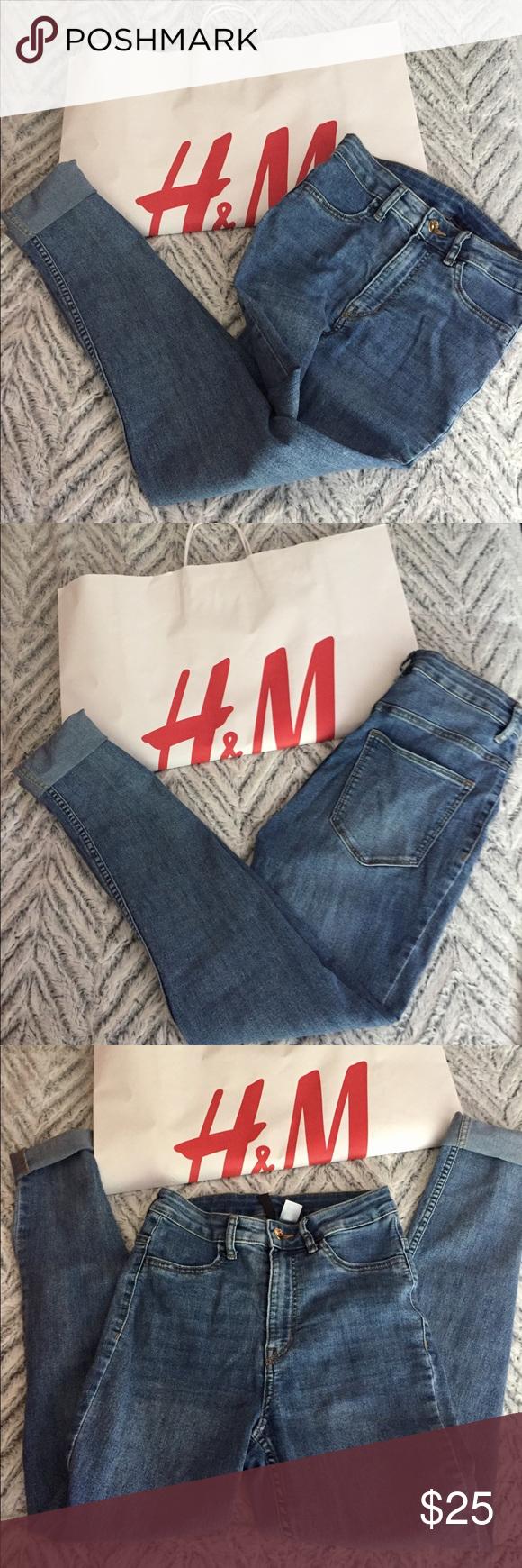 ☑️H&M Light Blue Skinny Jean 👖 Light blue skinny jeans