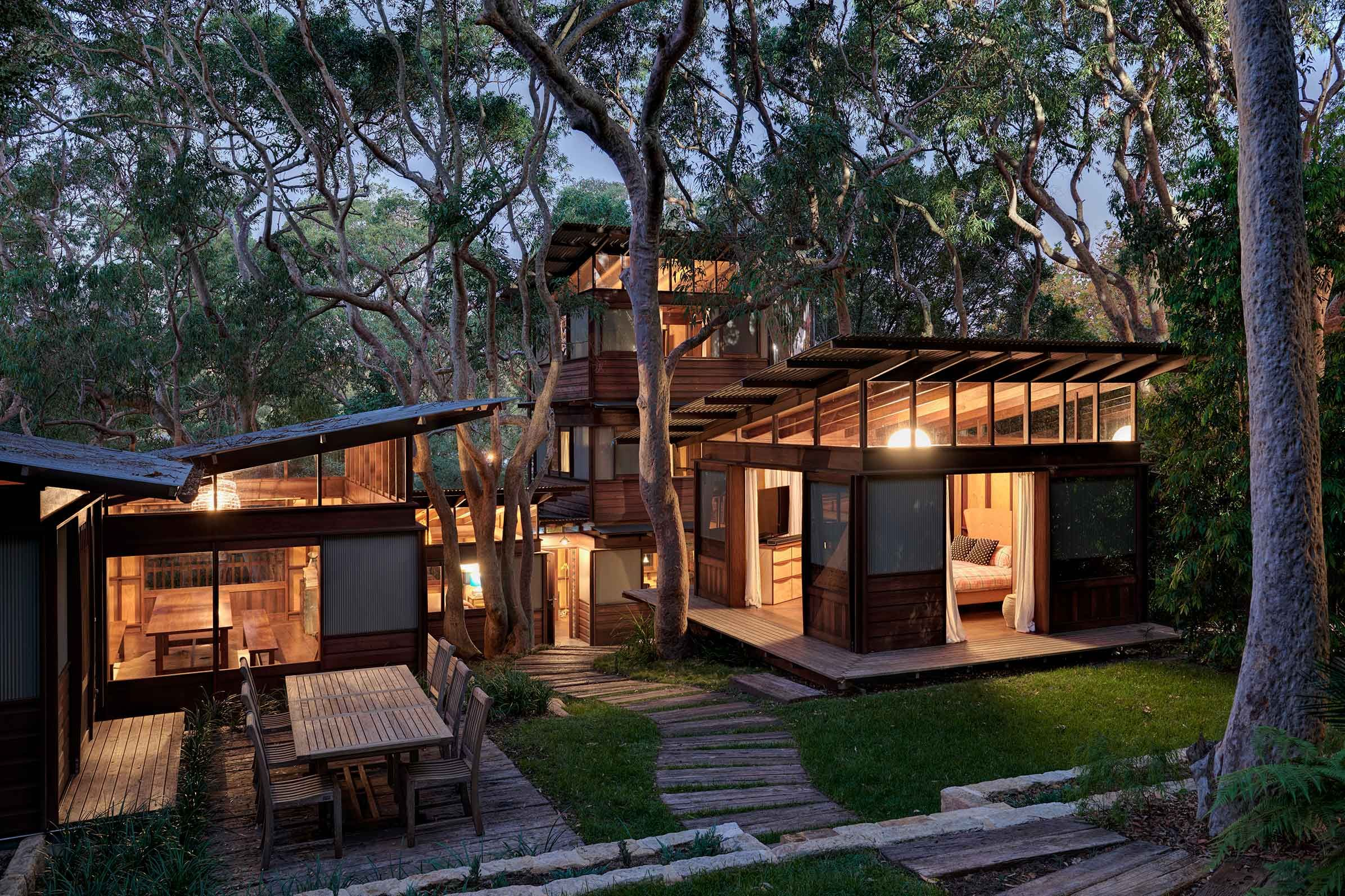 Architectdesigned Modern House For Sale In Avalon Angophora - Architect designed homes for sale