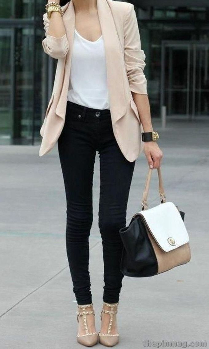 20 Chic Women Outfits You Must Have This Fall #businesscasualoutfitsforwomenyou...