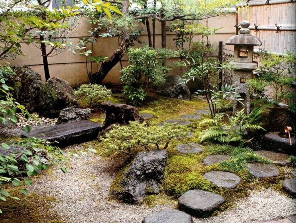 Best homes with japanese garden design for small spaces on for Japanese style landscaping