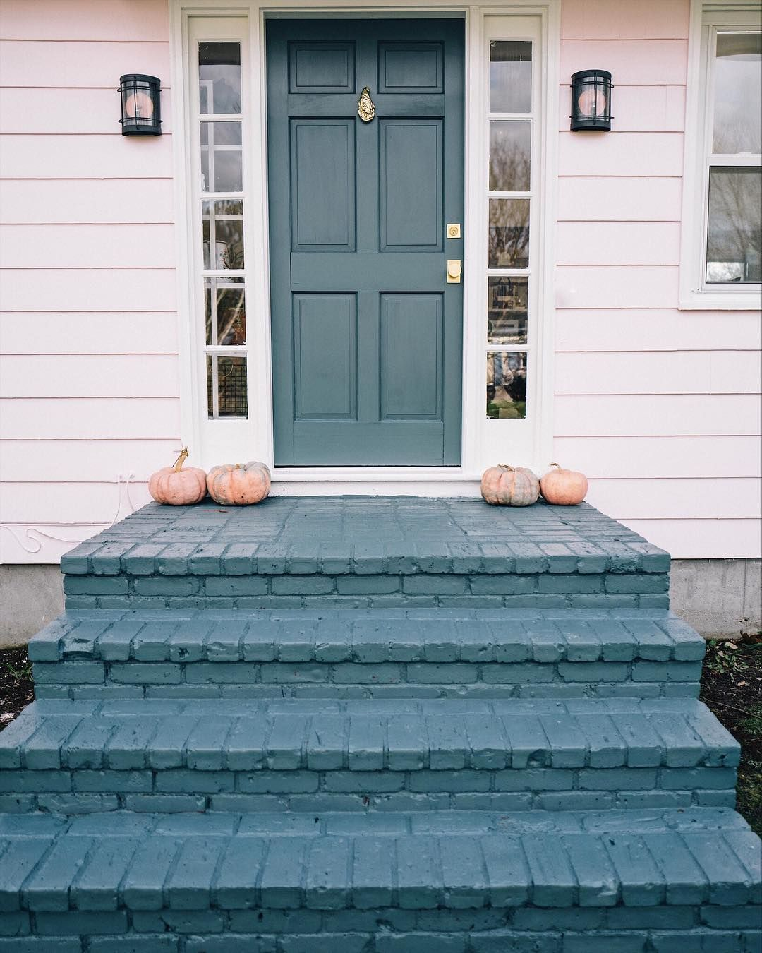 Pink Outdoor Paint And Blue Brick Steps Via Jessannkirby Brick | Painting Exterior Concrete Steps | Wood | Cement | Behr | Curb Appeal | Coating