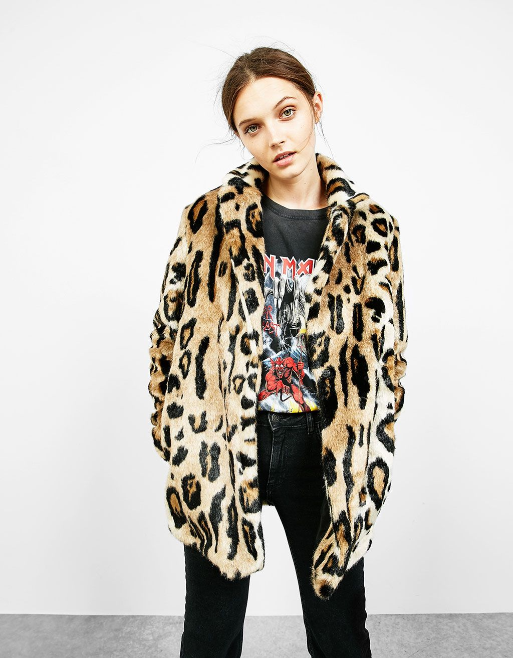 Leopard faux fur coat - Coats and Jackets - Bershka Switzerland c1111ab17