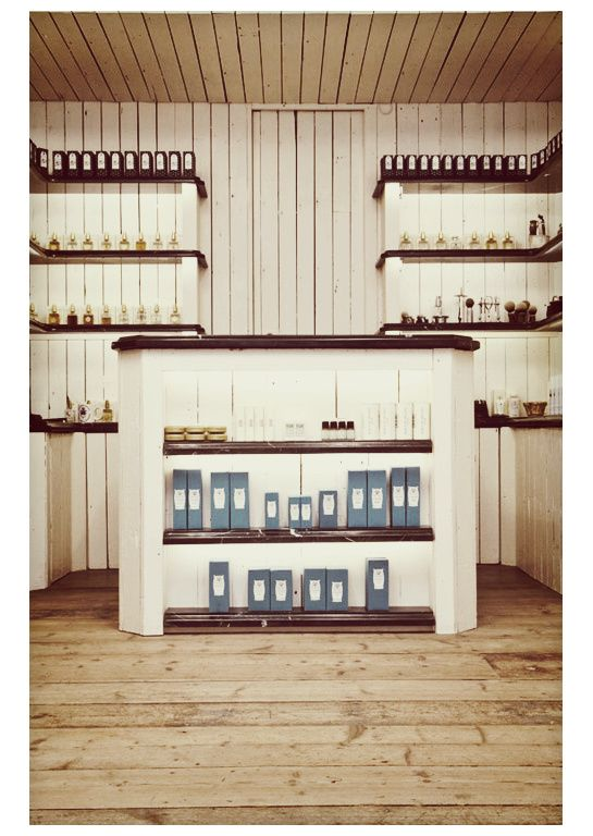Farmacia Santa Maria Novella, Redchurch Street, London.