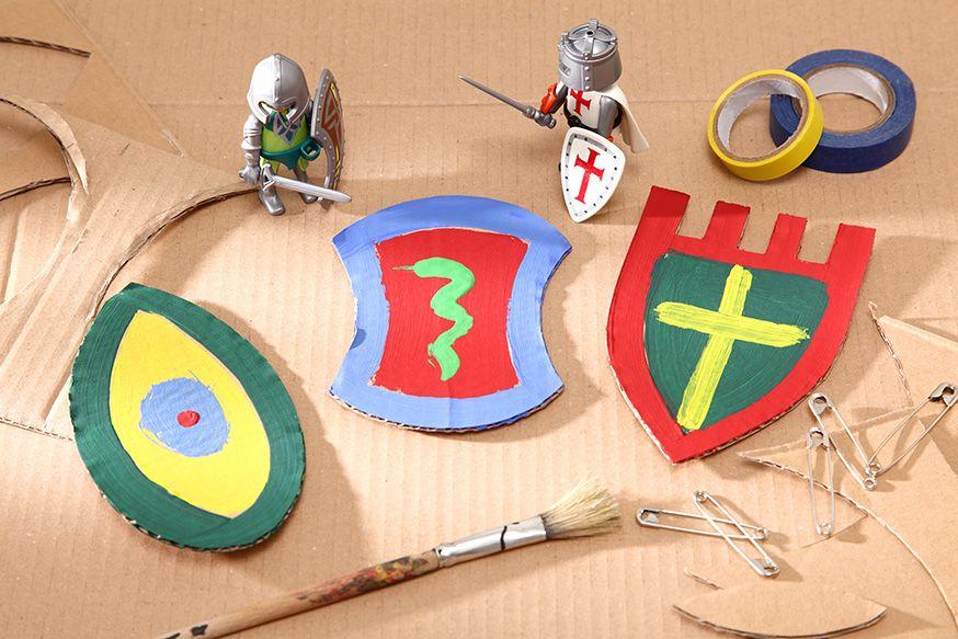 Jeder Ritter Kann Auf Dem Geburtstag Sein Ganz Eigenes Wappen