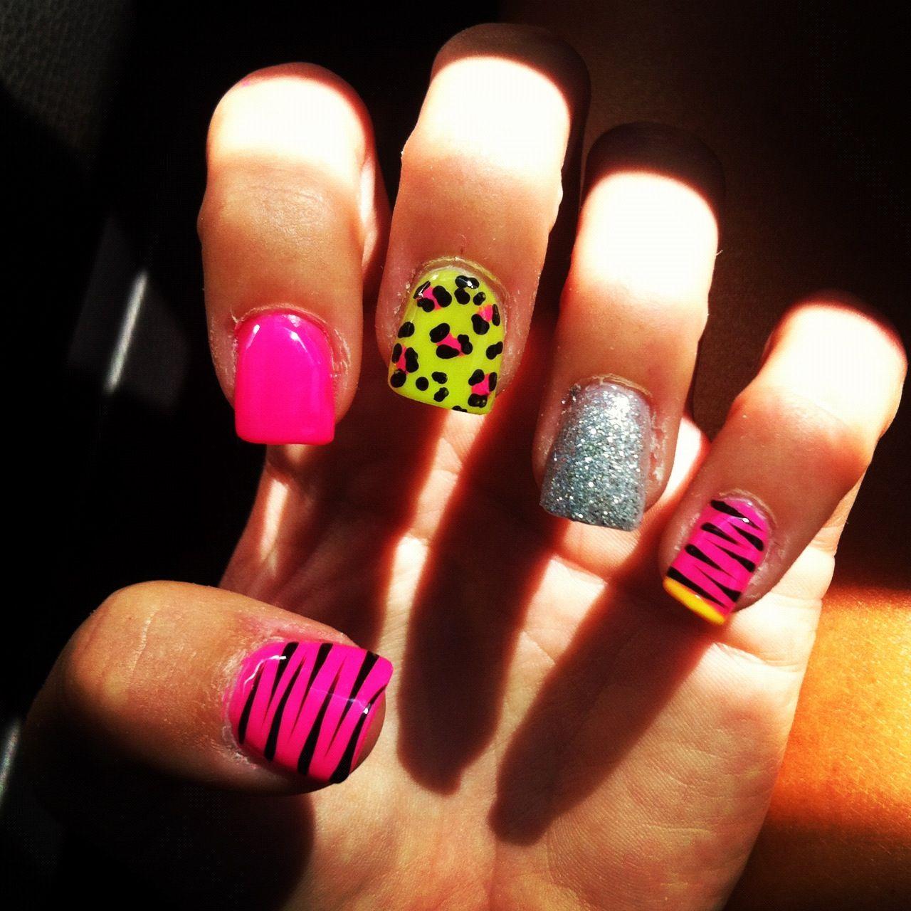 Crazy Nail Art: Crazy Nails :) Love The Colors