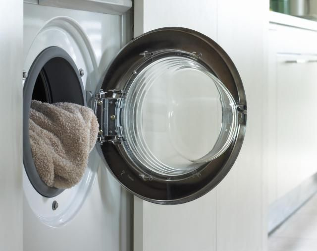 How To Clean The Filters When There Is Lint On Your Laundry Washing Machine Clean Your Washing Machine Cleaning Clothes