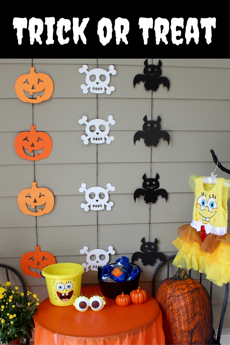 Party City Has The Best Halloween Decorations To Spice Up Your Trick Or Treat Station Fun Halloween Decor Halloween Party Decor Fun Diy Halloween Decorations