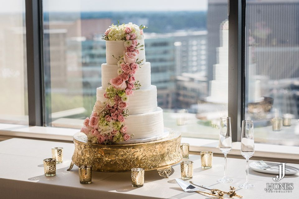 Emily And Ken Hollyu0027s Cakes Greenville, SC Commerce Club Greenville SC  Flowers Greg Foster #wedding #bridal #weddingflowers #mountainwedding  #fairytale ...