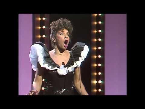 Shirley Bassey - My Way - YouTube
