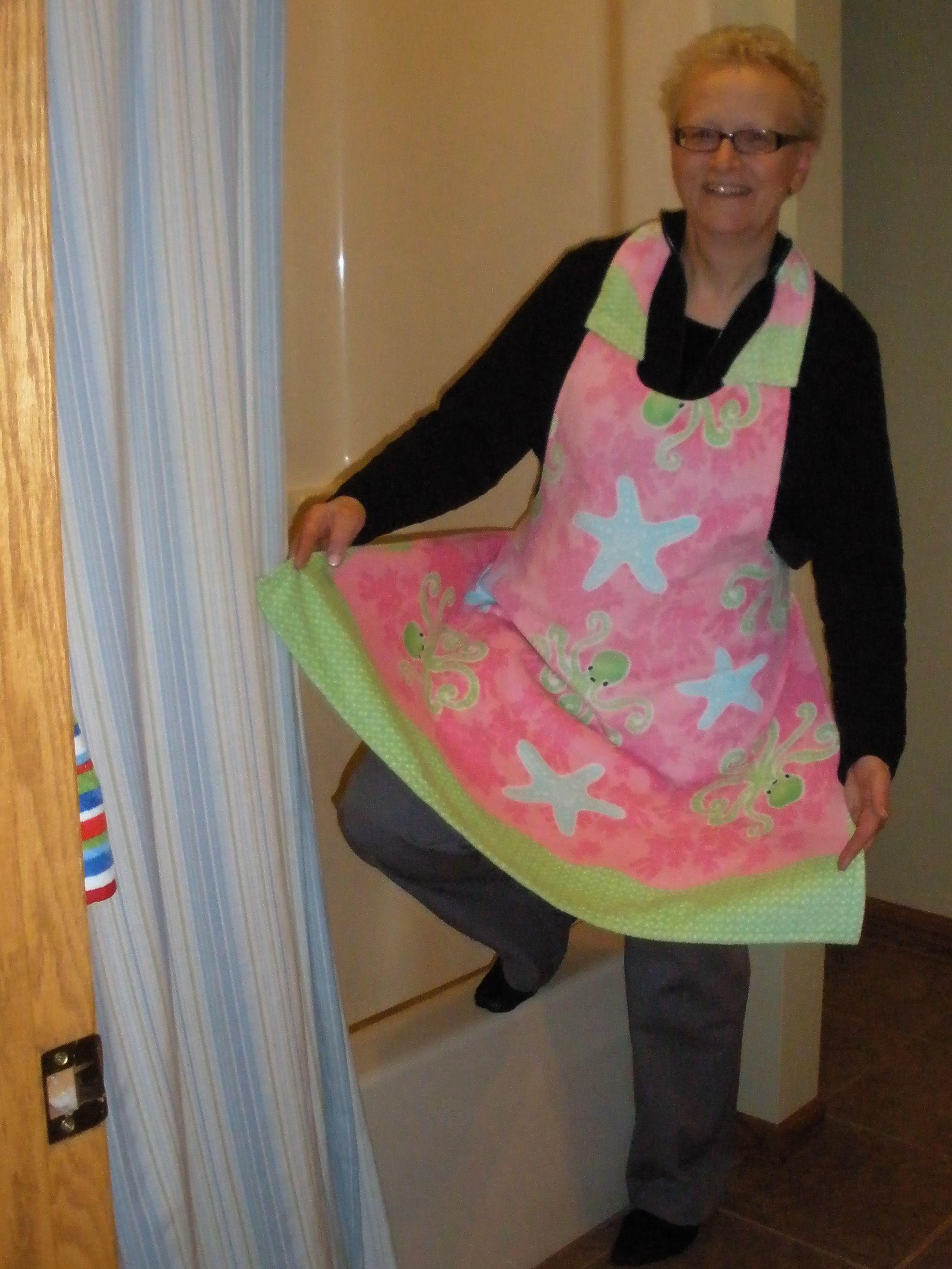 Apron from beach towel Nancy Zieman/Mary Mulari/Top 10 Apron Sewing Ideas/patterns | Nancy Zieman Blog