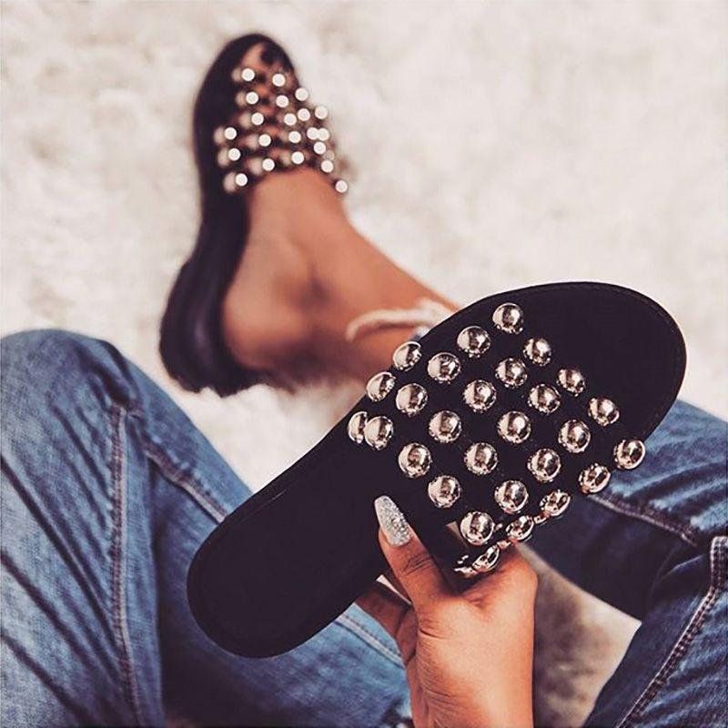Stylish Rivet Embellished Open Toe Platform Sandals