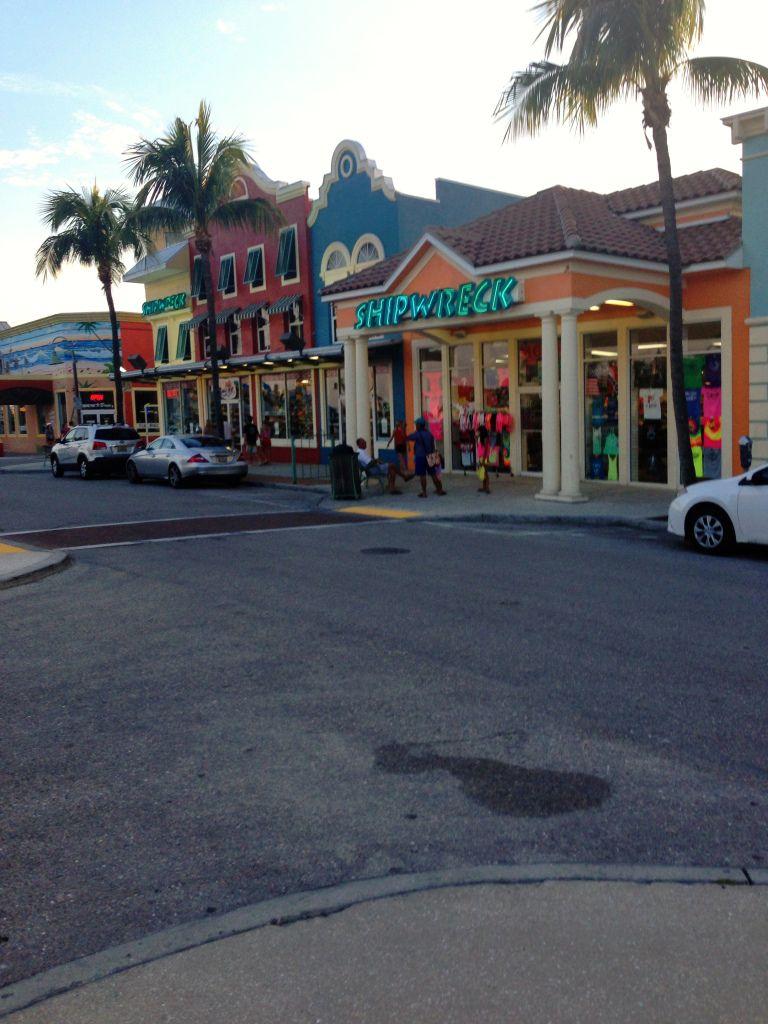 The Salty Crab Bar Ft Myers Beach Florida