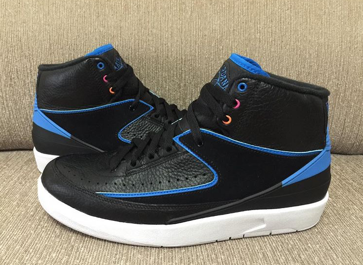 New Style Jordan Brand Air Jordan 2 Retro Black/Photo Blue-White