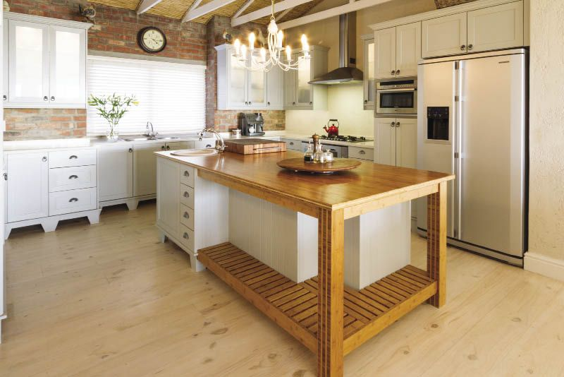 French Country Style Is What Wendy Holmes The Owner Of This - Achieve french country style
