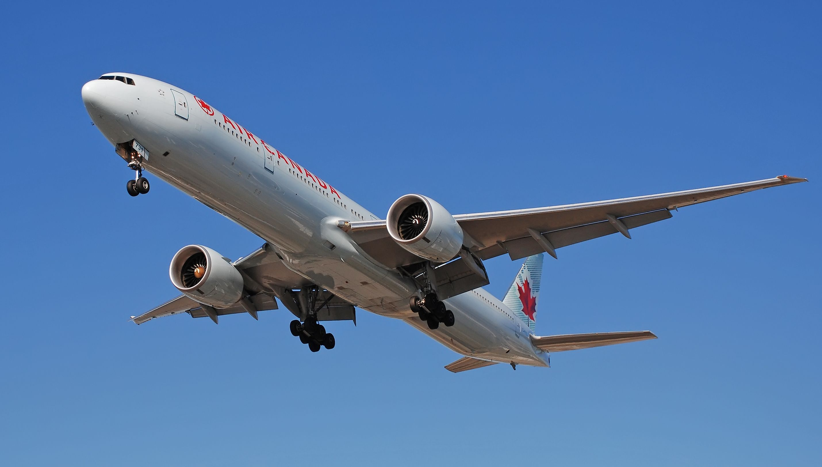 Air Canada expects 253 million 1Q net loss