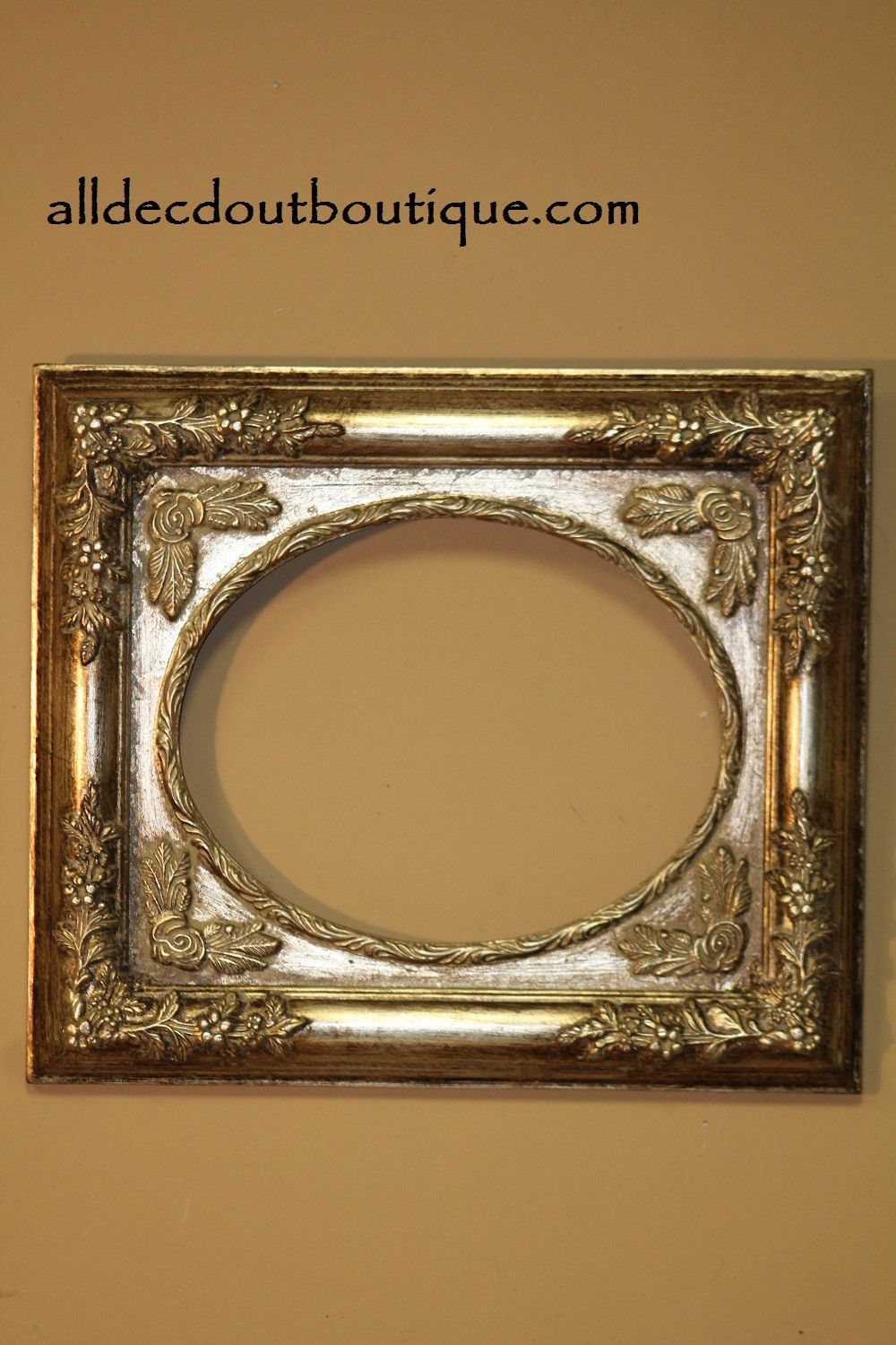 Decorative Picture Frame | Wall Hanging 8"|1000|1500|?|15a83c38fdd645d4ba624a96d6650999|False|UNLIKELY|0.3280537724494934