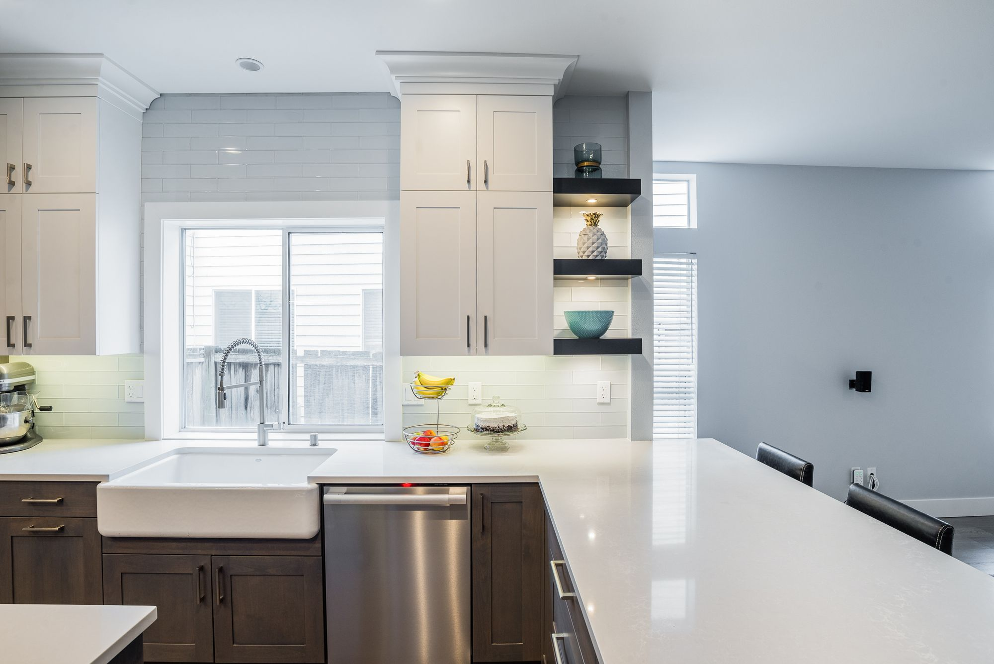 Can T Decide On One Cabinet Color No Problem Two Toned Kitchens Are The Best Of Both Worlds Home Remodeling Kitchen Remodel Remodeling Companies