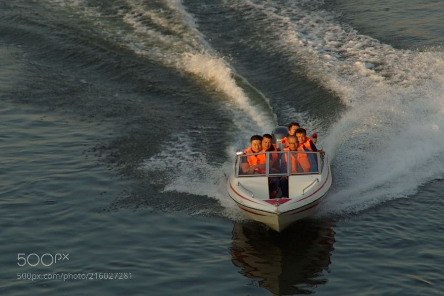 Ride the wind and waves by liuxuewen Waves, Boat, Travel