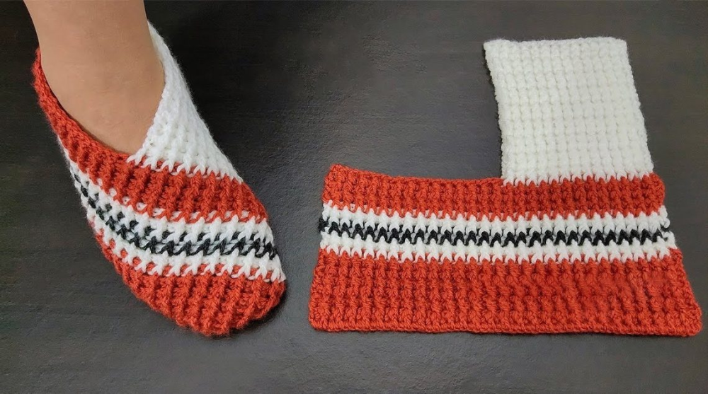 Easy Folded Slippers – Crochet Tutorial – Design Peak