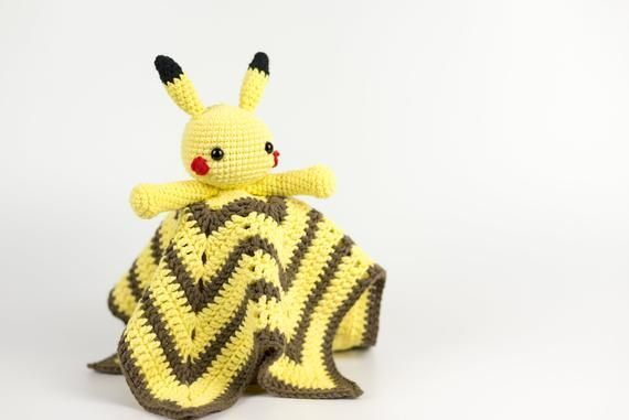 Crochet security blanket, Pikachu blanket, baby security blanket, security blanket girl, security blanket boy, baby lovey, dou dou, doudou #securityblankets This is a Lovey blanket of Pikachu. Pikachu is the most famous Pokemon, and has something that makes both children and adults fall in love, thats why this security blanket perfect to give as a newborn gift. ►Approximate Size: This security blanket measures about 18x18 inches (45x45 cm) ►Materials: #crochetsecurityblanket Crochet security #crochetsecurityblanket
