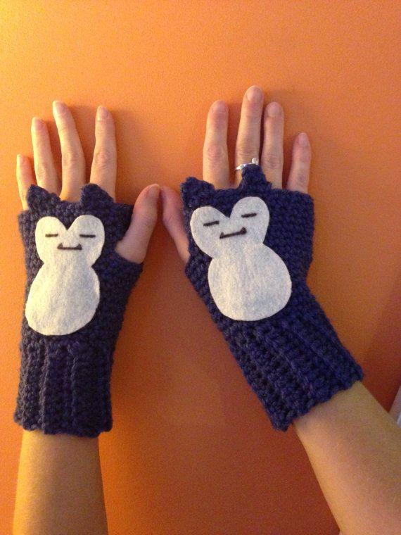 Crochet Snorlax Pokemon Fingerless Gloves | Pinterest | Guantes y Mono