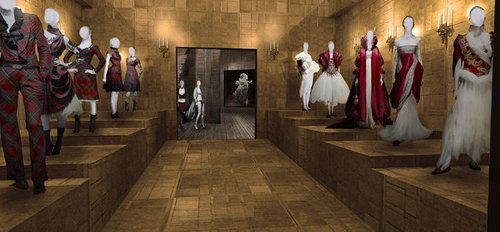 Alexander McQueen Savage Beauty Exhibit at the Met Museum.   Fashion ... a68ffe3be08