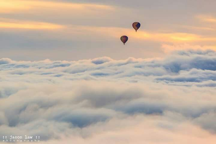 Ballooning in Queenstown. Photo by Jason Law Photography.
