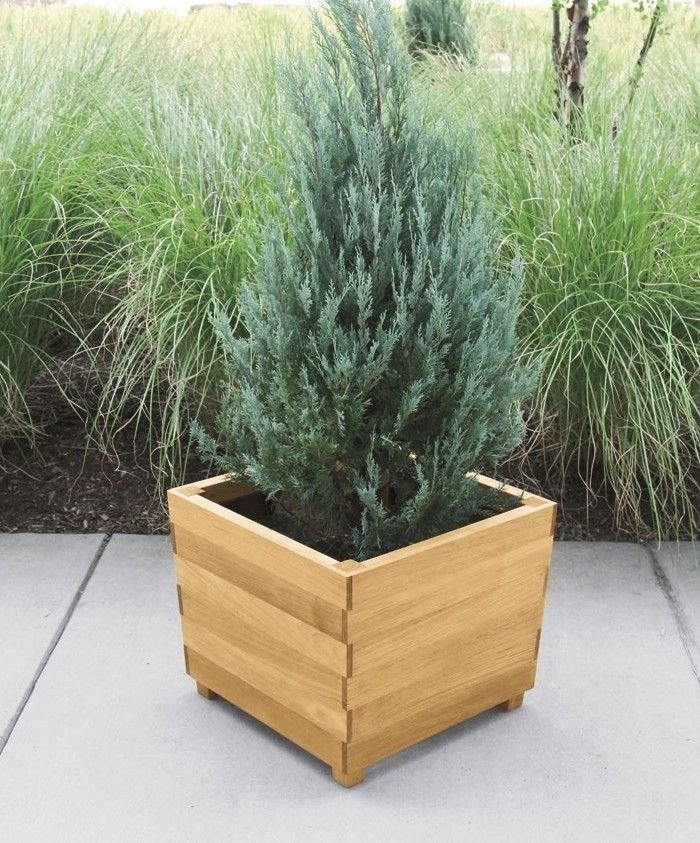 10 Easy Pieces: Square Wooden Garden Planters