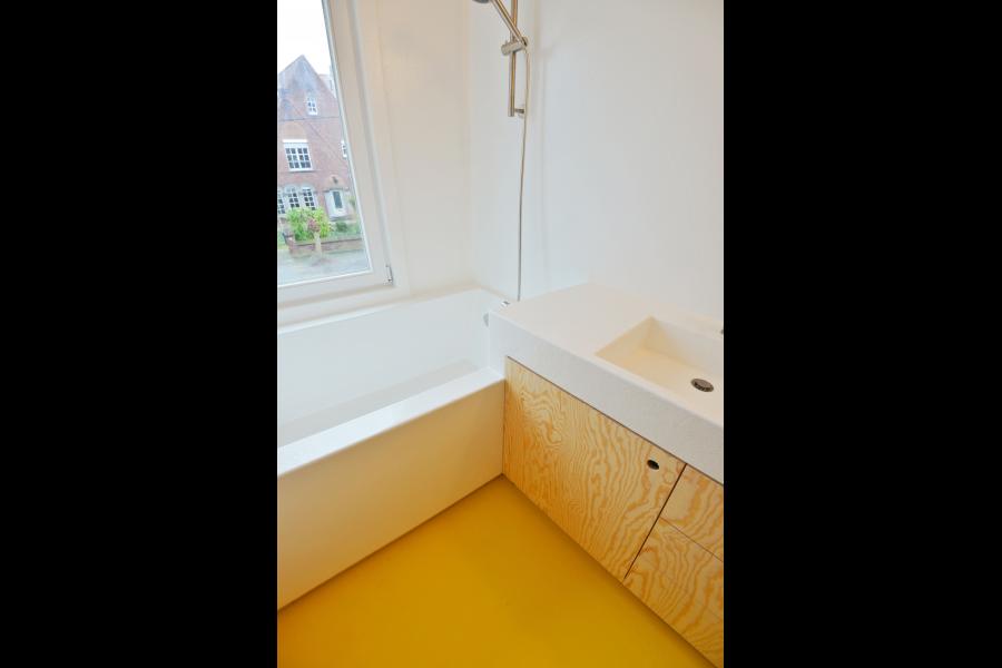 Berken Multiplex Badkamer : Polyester badkamer voor pauline & simon stukken badkamer idee