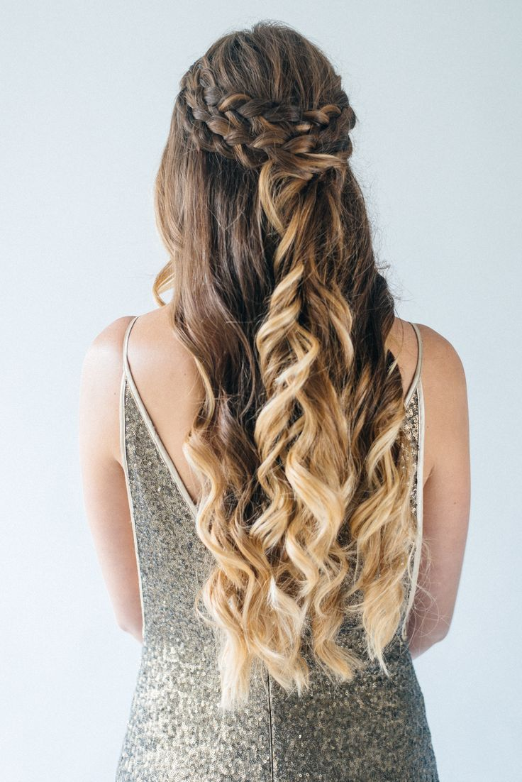 Gorgeous halfup halfdown hairstyles for your wedding day olivia
