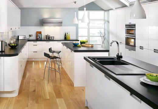 Black Worktops Gloss Cabinets Stainless Steel Details Kitchen Pinterest Kitchens Open