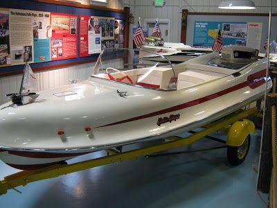 1959 Larson Finned Flyer