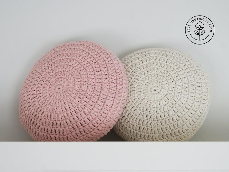 Set of 2. Crochet pillow. Crochet Round pillow. Crochet cushion. Coussin crochet. Cojin ganchillo. Crochet home decor. Nursery decor