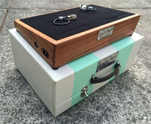 Complete Diy Pedalboard Kits The Ultimate Weekend Project Diy Pedalboard Pedalboard Guitar Diy