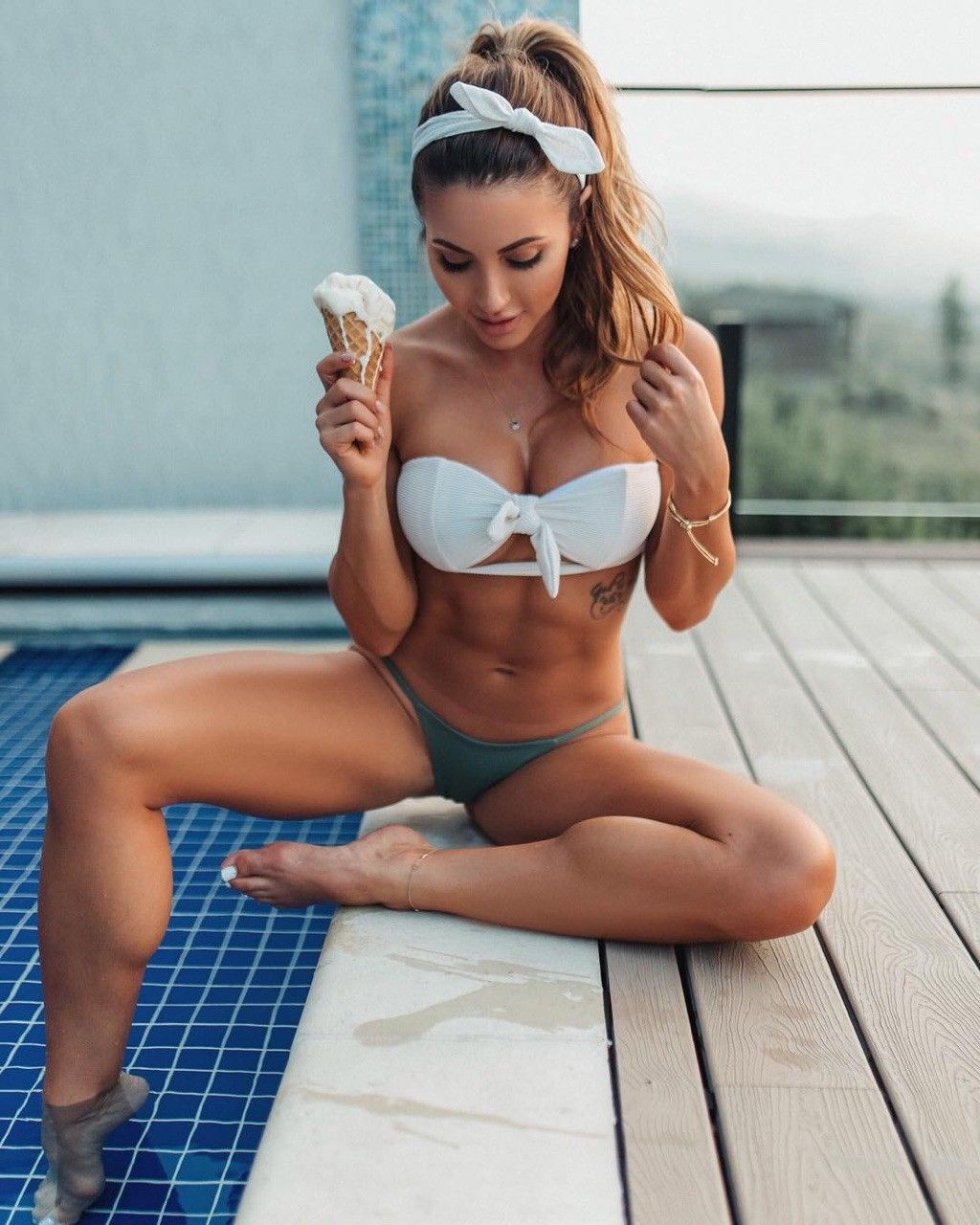 Feet FayMougles naked (87 photo), Tits, Sideboobs, Twitter, braless 2017